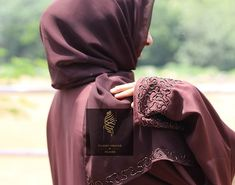 . Beautiful Hijab, Pashmina Scarf, Abayas, Hijabs, Jumpers, Scarfs, Hijab Fashion, Muslim, Shawl