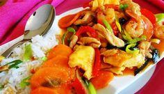 Surinaams eten – Eksi Sarasara Foroe Alesie (rijst met eieren, kip en garnalen)