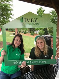 Ivey Homes is an award-winning locally owned Augusta GA homebuilder. Homes from the Low $100's to Custom.