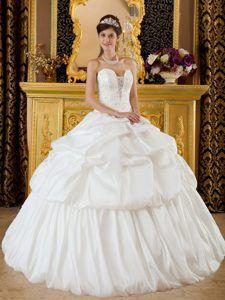 Mexico City Beaded White Taffeta Quinceanera Dresses with Pick ups