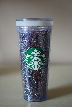 GIY Starbucks Cup! SO buying one of these next time I go to work and doing this the second I can