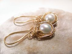 White pearls Earrings Gold plated copper earrings. by MADAMBLUEONE, $25.00