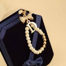 نتيجة بحث الصور عن رمزيات حرف D Necklace Pearls Jewelry