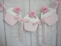i would love to have these to drape along my lace cutrtain hanging from my iron fleur de lis hooks ! Cupcake Garland, Cupcake Art, Bunting Garland, Bunting Banner, Arts And Crafts, Paper Crafts, Diy Crafts, Cricut Banner, Shabby Chic Crafts