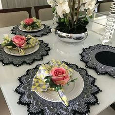 Best 12 Image may contain: indoor – – SkillOfKing. Crochet Placemats, Crochet Doilies, Crochet Home Decor, Crochet Crafts, Doily Rug, Crochet Geek, Crochet Kitchen, Decoration Table, Vintage Crochet