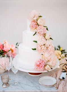 Peony Topped Wedding Cake Photography Rebecca Yale Amazing Cakes White