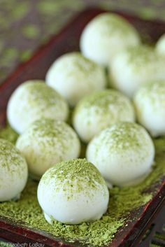 Matcha Green Tea Truffles | Fromperfect for a vow renewal. Get more brilliant ideas at www.idostill.com #vowrenewal #golf:
