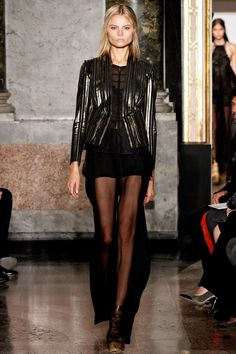 Emilio Pucci Spring 2013 - Sexy and inspired!