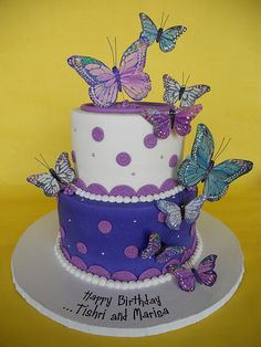 Pretty Purple Butterflies Birthday Cake, I LOVE IT! Has my name written all over it ♡♡♡♡ Beautiful Birthday Cakes, Beautiful Cakes, Amazing Cakes, Butterfly Birthday Cakes, Butterfly Cakes, Butterfly Wedding, Fondant Cakes, Cupcake Cakes, Cupcakes