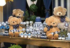 11-modelos-de-decoracao-cha-de-bebe-menino Distintivos Baby Shower, Navy Baby Showers, Torta Baby Shower, Baby Shower Parties, Baby Shower Themes, Teddy Bear Party, Blue Teddy Bear, Teddy Bear Baby Shower, Little Boy Blue