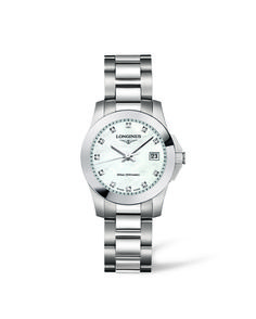 Longines Sport Conquest Collection ladies stainless steel bracelet watch with folding clasp. Round mother of pearl dial with diamond hour markers featuring a date window positioned at 3 o'clock. Swiss made quartz movement, sapphire crystal glass and water Elegant Watches, Beautiful Watches, Nice Watches, Ladies Watches, Stainless Steel Bracelet, Stainless Steel Case, Longines Hydroconquest, Longines Conquest, Quartz Watch
