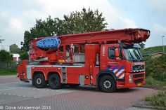 Volvo FM 370 6X2 Bronto Skylift-hoogwerker van de Brandweer Rotterdam-Rijnmond, post Spijkenisse.