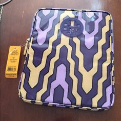 NWT Tory Burch iPad Case Sleeve Brand new vinyl style Tory burch iPad case. New with tags. Tory Burch Accessories Tablet Cases