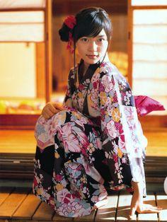 川口春奈 (Haruna Kawaguchi)