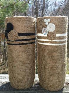 This Bohemian Vase Set is wrapped securely in jute and decorated with a embellis. - Garden Style - This Bohemian Vase Set is wrapped securely in jute and deco Wine Bottle Crafts, Bottle Art, Yarn Bottles, Wine Bottles, Rope Decor, Verre Design, Paper Vase, Vase Crafts, Vase Fillers