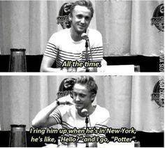 "he still calls Daniel Radcliffe ""Potter."" Because he still calls Daniel Radcliffe ""Potter.""Because he still calls Daniel Radcliffe ""Potter. Harry Potter Jokes, Harry Potter Cast, Harry Potter Fandom, Harry Potter Interviews, Tom Felton, Drarry, Dramione, Hogwarts, Memes Humor"