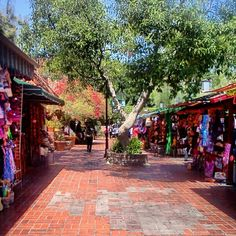Our next stop is the historical,Olvera Street! ;) This place is so awesome,so much to see,explore,buy,taste,touch,u just get lost...:)