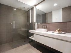 Ceramic in a bathroom design from an Australian home - Bathroom Photo 2094709