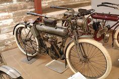 OldMotoDude: 1910 Yale on display at the St. American Motorcycles, Vintage Motorcycles, Cars And Motorcycles, Old Bikes, Dirt Bikes, Motorcycle Museum, Motorised Bike, 3rd Wheel, Batman Art