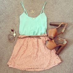 peach, mint, gold accessories and neutral wedges