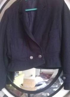 À vendre sur #vintedfrance ! http://www.vinted.fr/mode-femmes/autres-manteaux-and-vestes/35891973-veste-vintage-max-mara