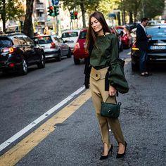Milan Fashion Week @giorgiatordini at @marni . . : @walkingcanucks  #mfw #milanfashionweek #fashionweek #milan  #streetstyle #streetfashion #streetsnap #marni #fashion #womensfashion #dailylook #picoftheday #ootd #walkingcanucks #toronto #토론토 #김작가 #김작가의패션위크 #데일리룩 #스트릿패션 #밀라노 #패션위크 #밀라노패션위크 #패션피플