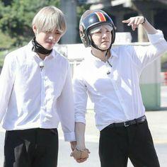 """yoongi is to taehyung what namjoon is to jungkook, a soft thread"" Taehyung, Jhope, Kim Namjoon, Bts Bangtan Boy, Bts Boys, Jung Hoseok, Seokjin, Yoongi Bts, Namjin"