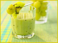 Most up-to-date Free Grape kiwi smoothie recipe Suggestions Whether creamy morning meal Drink or fruity refreshment in between – Smoothies just generally go. Kiwi Smoothie, Smoothie Detox, Smoothie Drinks, Breakfast Smoothies, Fruit Smoothies, Healthy Smoothies, Healthy Drinks, Milk Shakes, Smoothie Challenge
