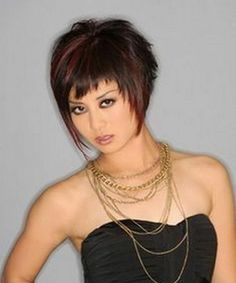 Funky Hairstyles 2018 ideas for the young girls out there are here. To get the funkiest look, you can try each one of these Funky Hairstyles Short Hair With Layers, Short Hair Cuts For Women, Layered Hair, Cheveux Courts Funky, Sassy Hair, Pixie Haircut, Great Hair, Cool Hairstyles, Short Funky Hairstyles