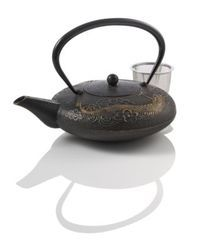 Imperial Dragon Cast Iron Teapot - I had the privilege of putting the cast iron display together when my Teaopia transitioned into a Teavana. This pot caught my eye right off the bat.