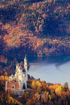 Neuschwanstein Castle in the fall, Germany