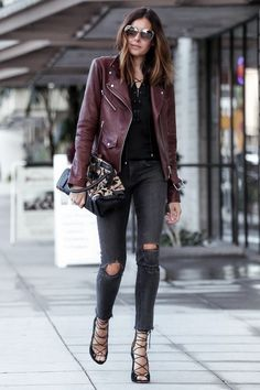 Burgundy leather jacket outfit fall looks молодежная мода, наряды с кожаной Burgundy Leather Jacket, Leather Jacket Outfits, Plaid Jacket, Moto Jacket, Top Online Clothing Stores, Stylish Outfits, Cool Outfits, Stylish Eve, Best Leather Jackets