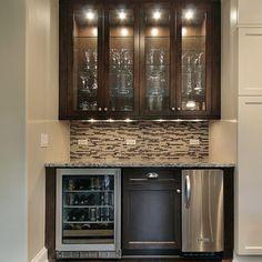 Home Wet Bar Designs w/ glass backsplash, built in counter height ...