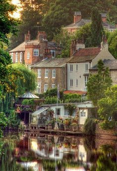 England--Knaresborough is an historic market town, spa town and civil parish in the Borough of Harrogate, North Yorkshire Places Around The World, Oh The Places You'll Go, Places To Travel, Places To Visit, Around The Worlds, Yorkshire England, England Uk, North Yorkshire, Yorkshire Dales