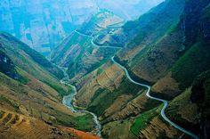 Top 5 beautiful and dangerous passes in Vietnam  #passinVietnam  #Traveltovietnam
