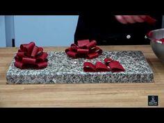 Comment faire un ruban en chocolat ? - YouTube