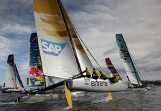 Extreme Sailing Series  Florianópolis - SC - Brasil 14 e 17 de novembro   catamarãs de 40 pés - 12 metros em fibra de carbono - atingem velocidade superior a 30 nós (mais de 60 Km/h)  www.extremesailingseries.com
