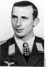 Erich Pietzonka Oberst Commander of Fallschirmjäger-Regiment 7