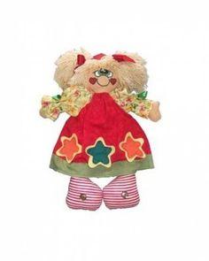 Muñeca de fieltro y tela realizada artesanalmente.