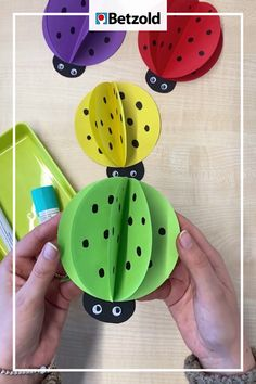 Creative Activities For Kids, Diy For Kids, Kindergarten Crafts, Preschool Crafts, Animal Crafts For Kids, Easter Crafts For Kids, Insect Crafts, Diy And Crafts, Paper Crafts
