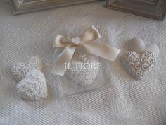 Bomboniera comunione matrimonio e cresima piattino portacandela con gessetto cuore  shabby chic cod. 368E