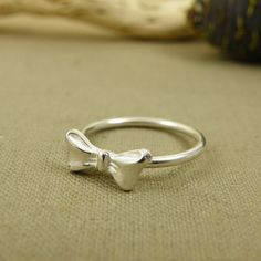 Simple and elegant....Bow rings!