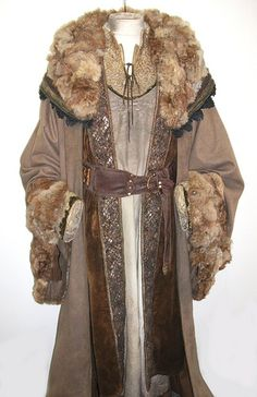 Coats Pagan Wicca Witch: LOTR King Theodan Bespelled, by Elizabeth Guy.
