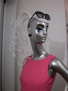 SCHLAPPI mannequin as Barbie, pinned by Ton van der Veer
