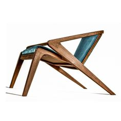 Portuguese Roots, Lounge Chair designed by Alexandre Caldas. Furniture Projects, Cool Furniture, Modern Furniture, Furniture Design, Design Industrial, Industrial Chair, Lounge Chair Design, Home Room Design, Diy Chair