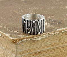 Sterling silver band. SIZE 9 by nataliasjewellery on Etsy, $145.00