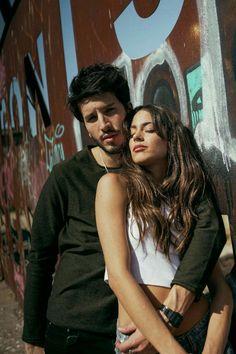 Cute Couples Goals, Couple Goals, Sebastian Yatra, Violetta And Leon, Guy Best Friend, Famous Couples, Famous Singers, Sweet Couple, Celebs