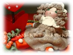 Portafoto/ https://it.pinterest.com/pin/783978247603766485/ doll in pasta di mais /Porcelana fria/ Das/ Bomboniere/Articoli regalo/Cold porcelain/Bamboline in pasta di mais/Polymer clay/Natale/Christmas/Pasta di mais/Oggetti fai da te/doll in pasta di mais/angeli