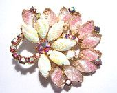 View Pins/Brooches by darsjewelrybox on Etsy