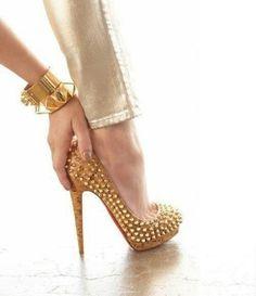 Stylish Shoes! / Gold High Heels ||
